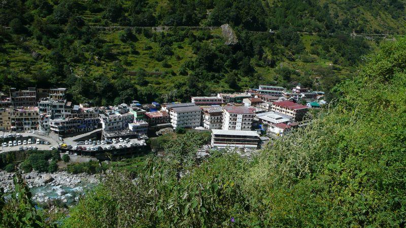 Vista de Govind Gath 1840m desde lo alto