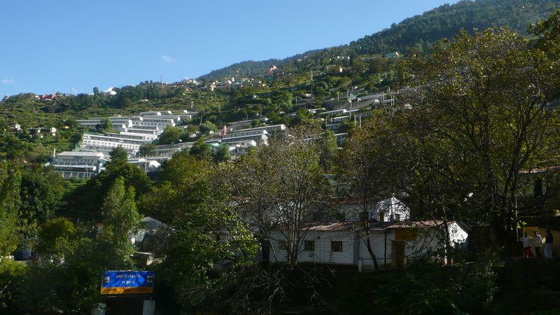 Vista de Joshimath desde el Home Stay Himalayan Abode