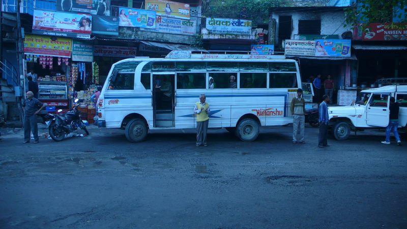 Autobús para ir de Rudaprayag a Gaurikund