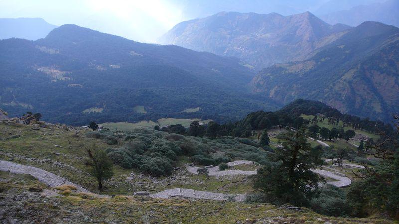Vista de Chopta desde lo alto