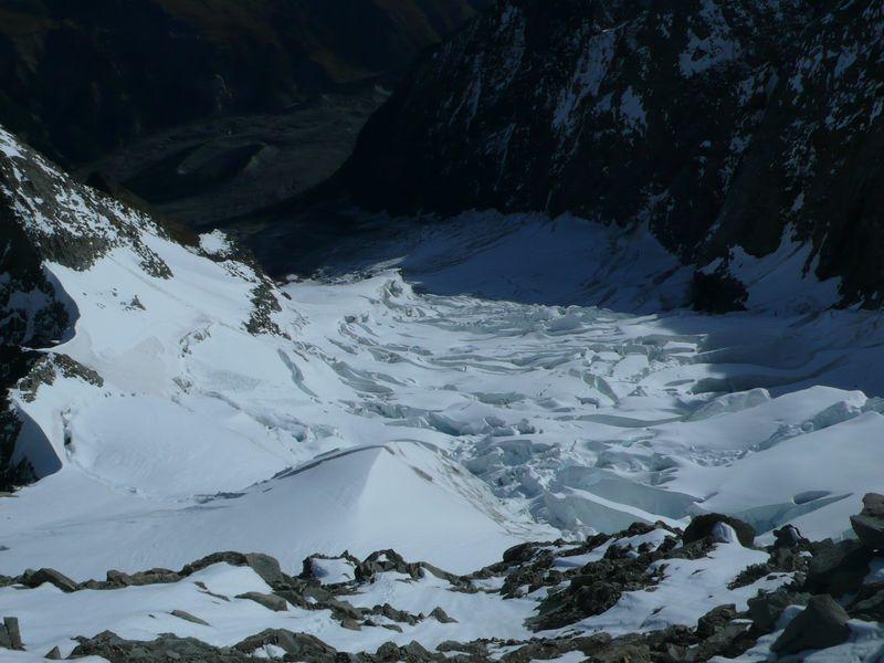 Glaciar del Brouillard con la avalancha a la izquierda en alto