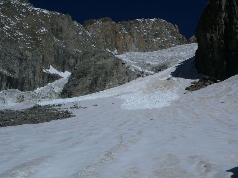 Metiendo pie en el glaciar del Brouillard